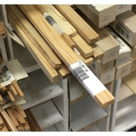PL0510 1-Metre Pine Ledge, LxWxH: 1000 x 5 x 10mm (100 x 0.5 x 1cm)